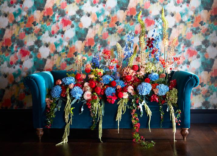 Nowa kwiatowa kolekcja od Harlequin-Standing Ovation.